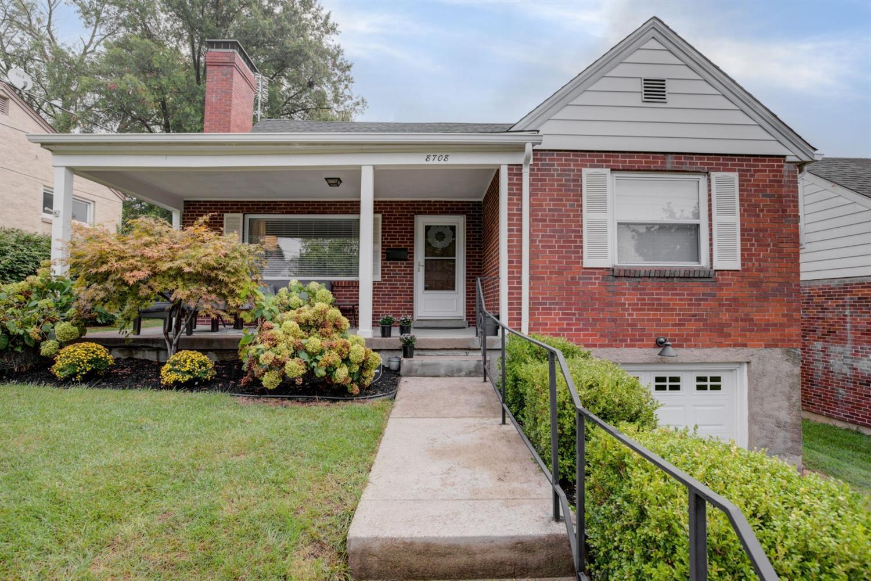 8708 Wicklow Avenue Property Photo
