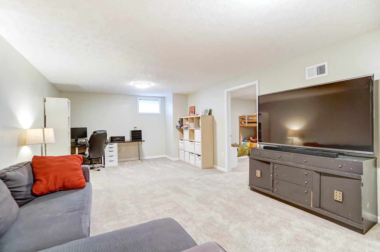 2403 Bendel Street Property Photo 27