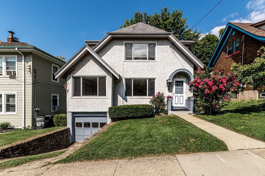 4219 Leonard Avenue Property Photo