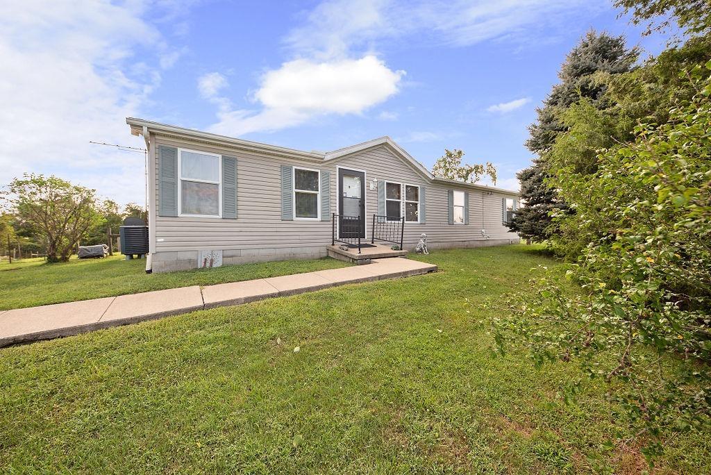 66 Riverview Lane Property Photo