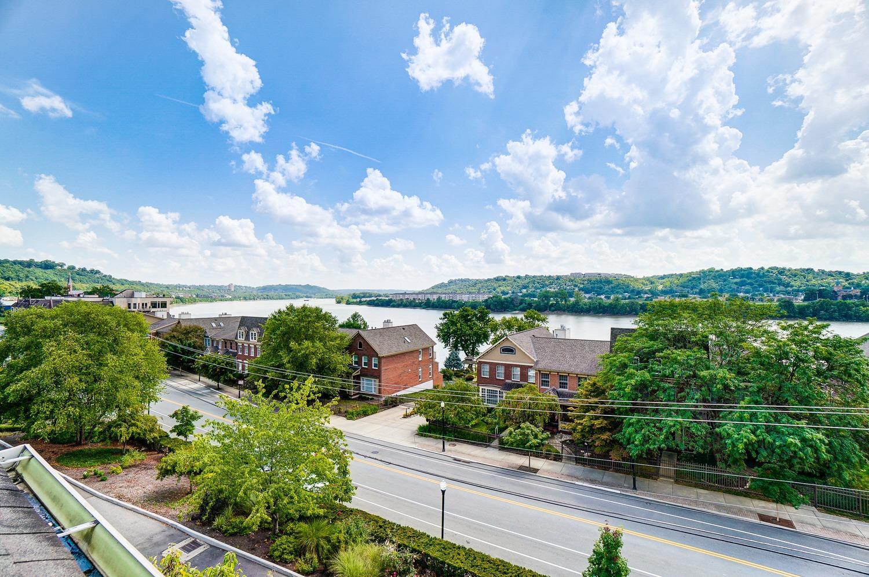 2158 Riverside Drive Property Photo 45