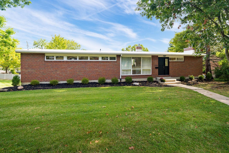 2325 Raeburn Terrace Property Photo