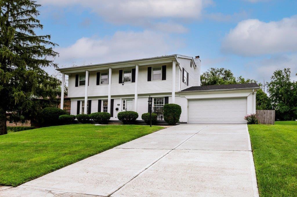 5554 Foxrun Court Property Photo