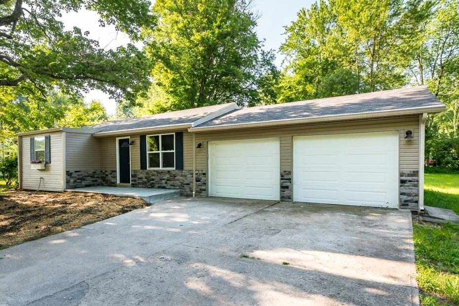 2143 Berry Road Property Photo
