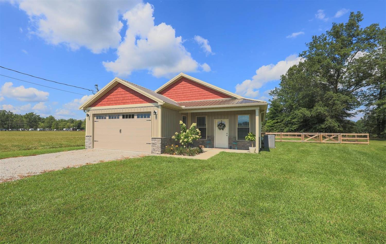 135 Creek Drive Property Photo