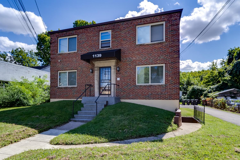 1139 California Avenue Property Photo