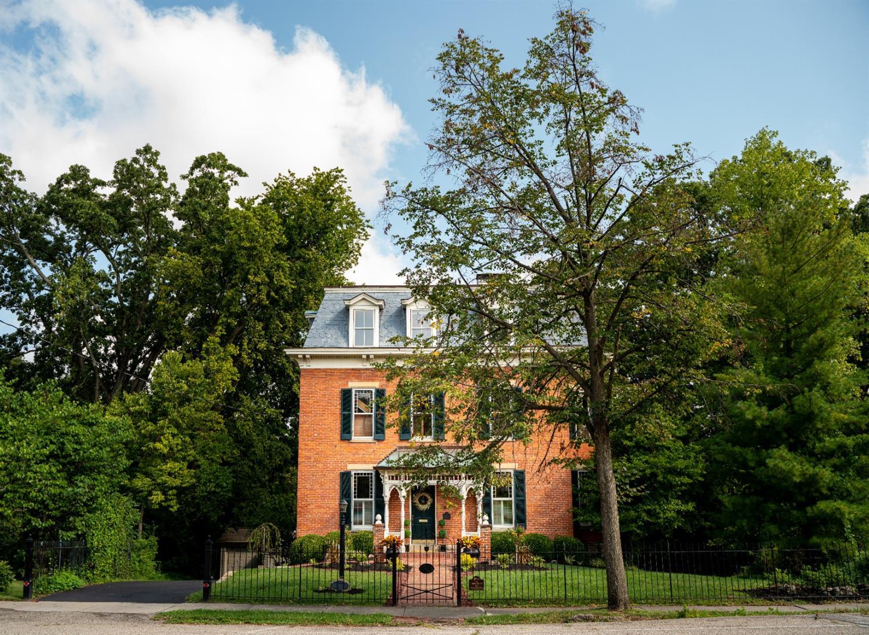 60 E Sharon Road Property Photo