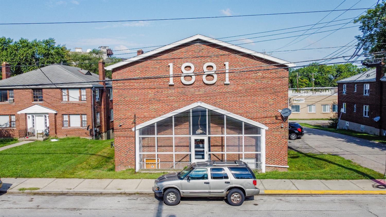 9481 Reading Road Property Photo