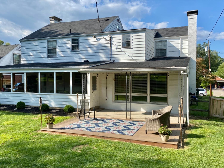 3206 Hampton Place Property Photo 4