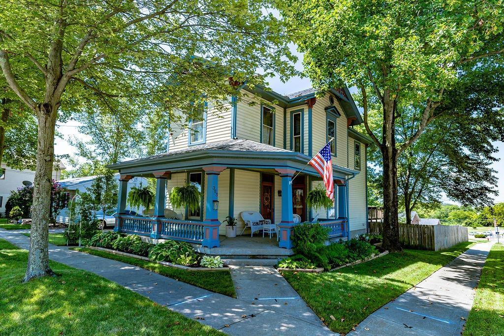 303 Old Street Property Photo