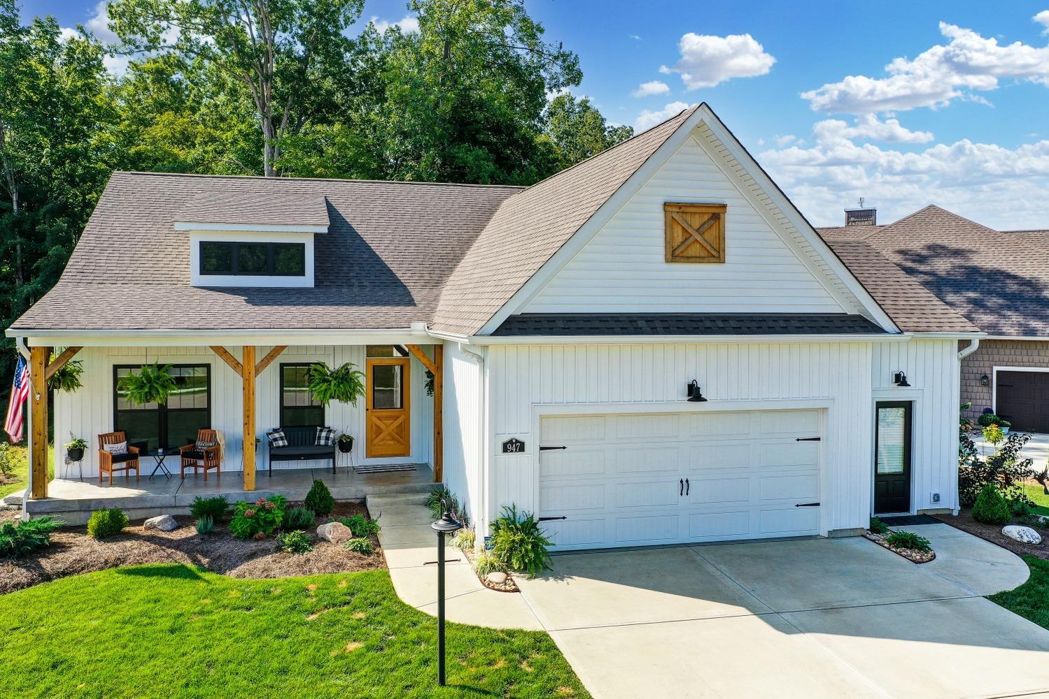 947 Garden View Circle Property Photo
