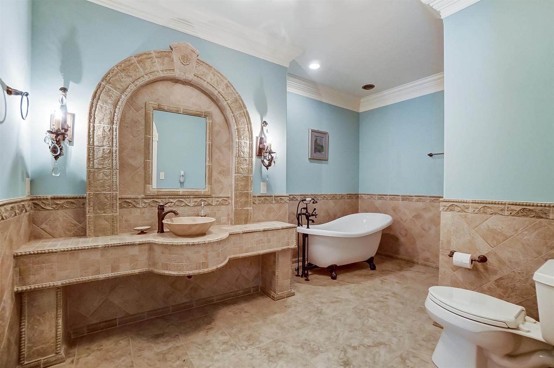 8875 Fawnmeadow Lane Property Photo 17