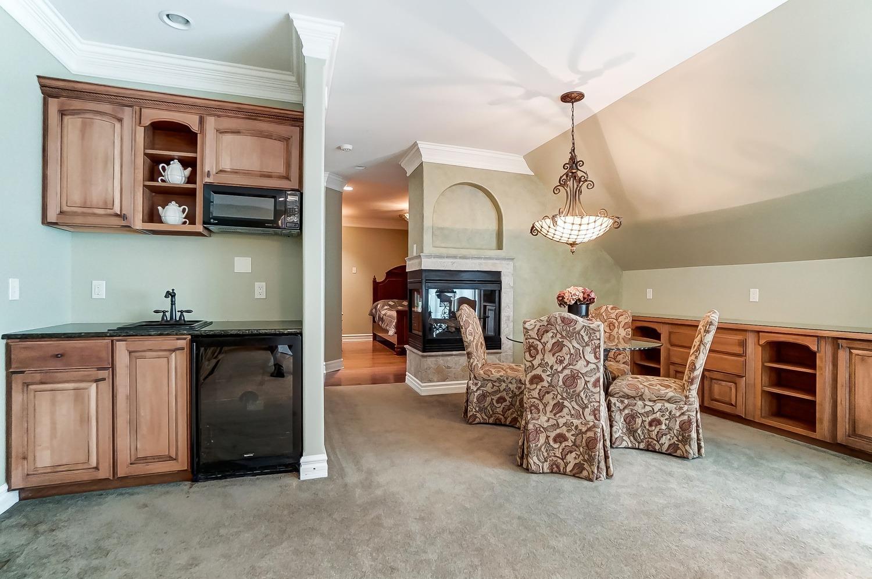 8875 Fawnmeadow Lane Property Photo 21