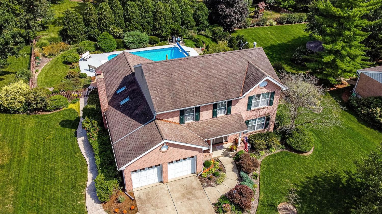7958 Stonebarn Drive Property Photo
