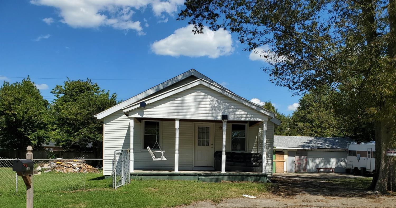 2182 Thrush Avenue Property Photo