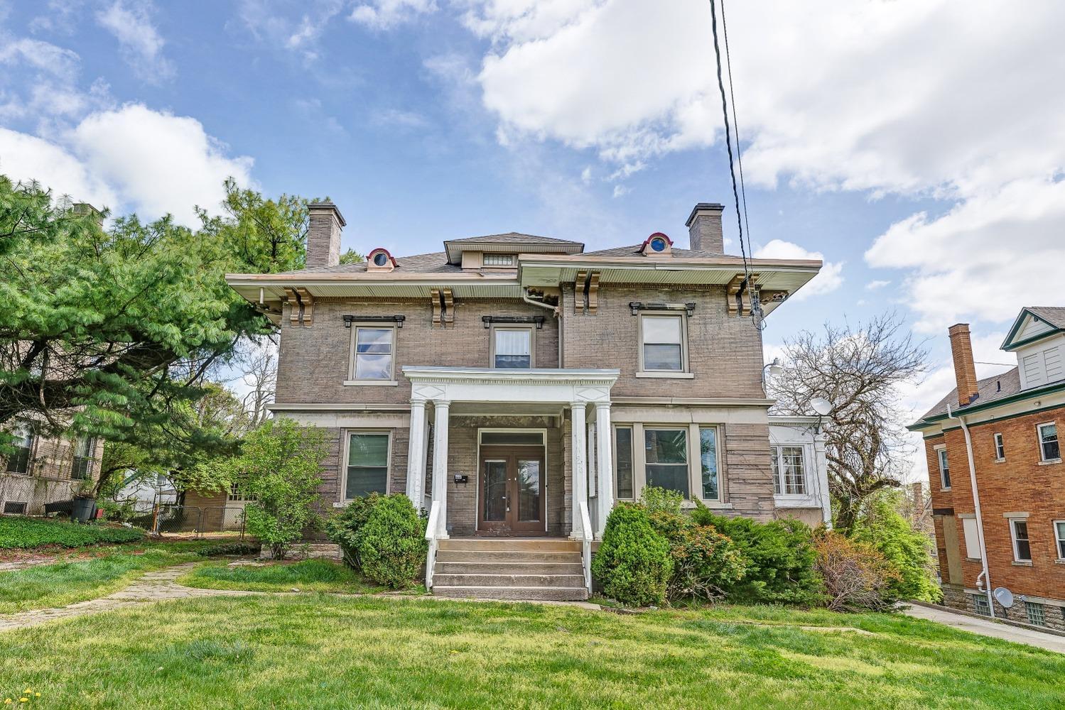 970 Dana Avenue Property Photo