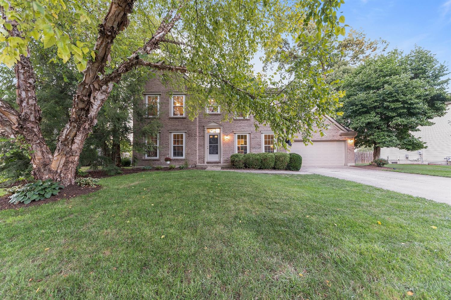 4176 Knollview Court Property Photo 1