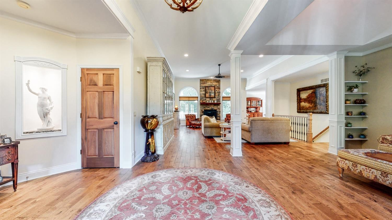 157 Bridgewater Drive Property Photo 4