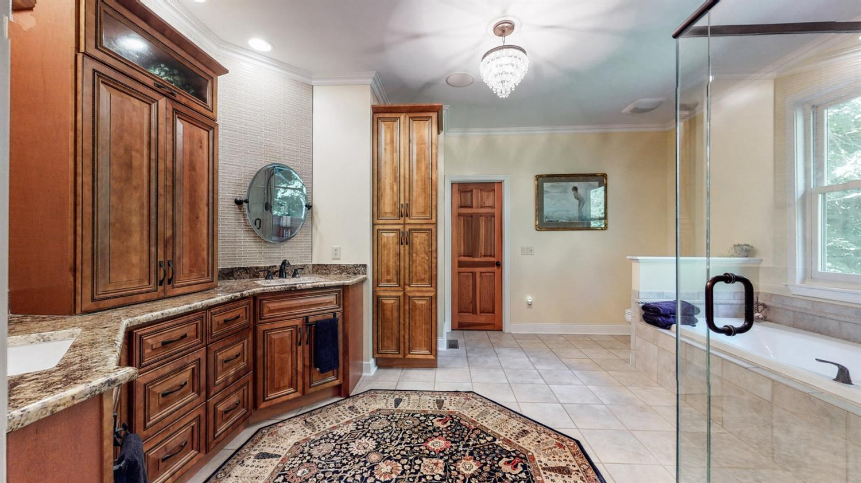157 Bridgewater Drive Property Photo 25