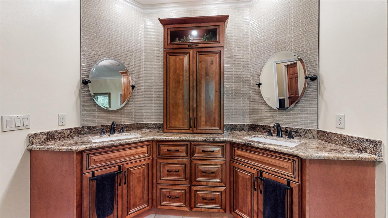 157 Bridgewater Drive Property Photo 26