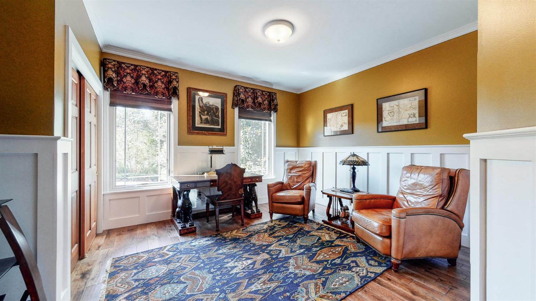 157 Bridgewater Drive Property Photo 28