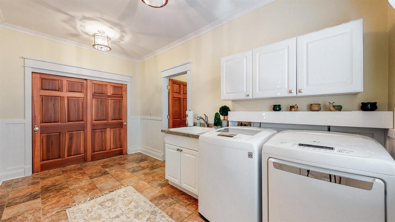 157 Bridgewater Drive Property Photo 31