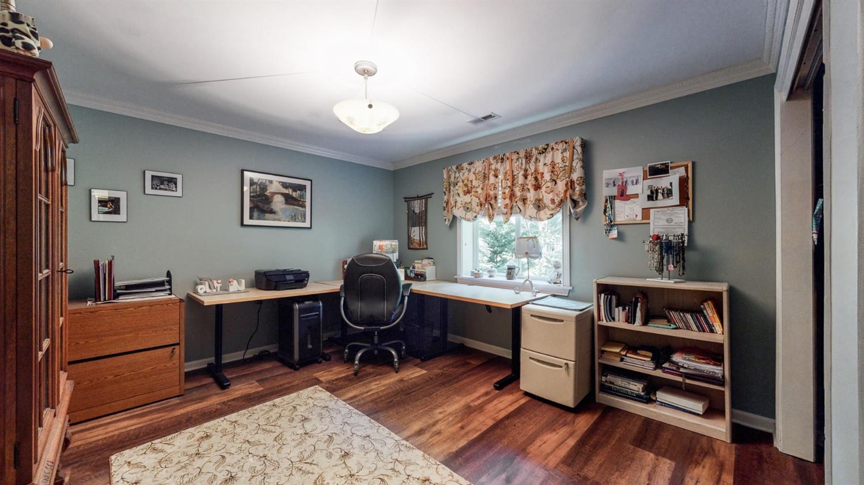 157 Bridgewater Drive Property Photo 40