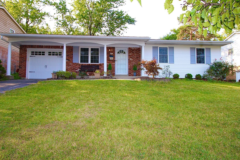 3911 Sharonview Drive Property Photo