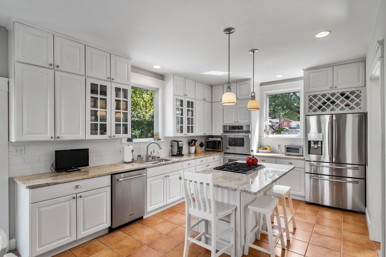 3722 Woodland Avenue Property Photo 17