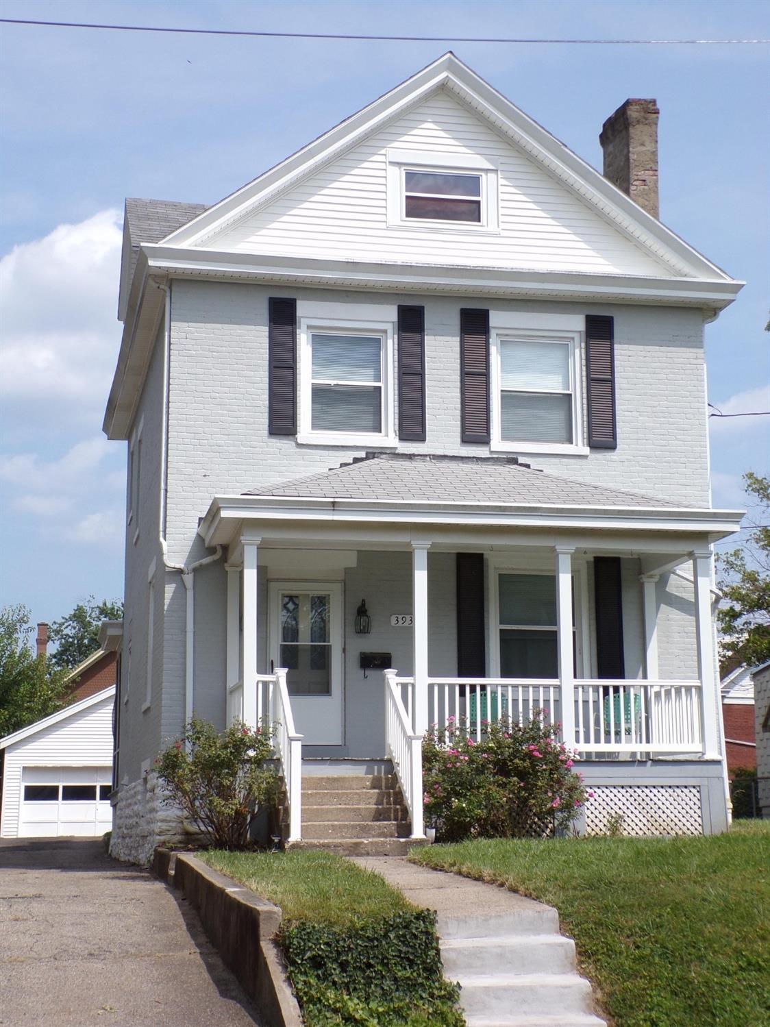 3938 Regent Avenue Property Photo