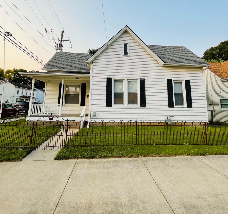 101 Kater Avenue Property Photo