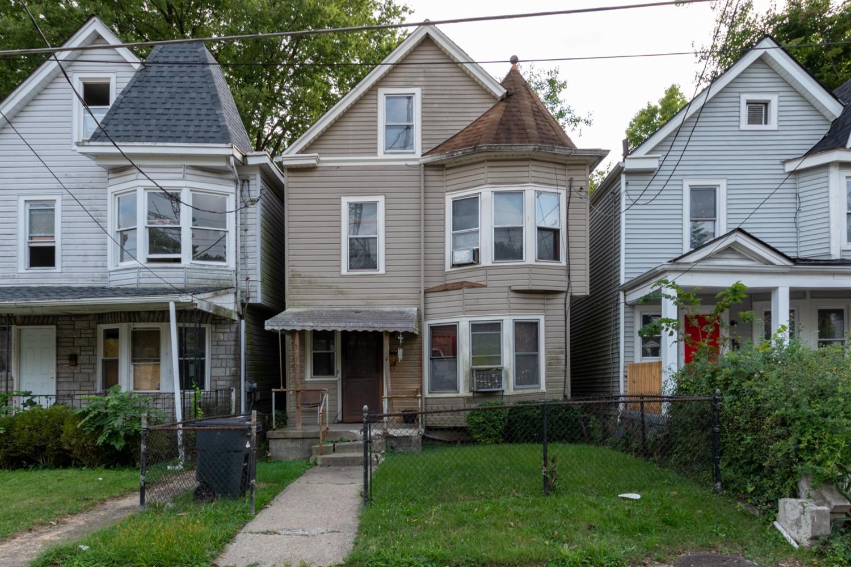 1235 Lincoln Avenue Property Photo
