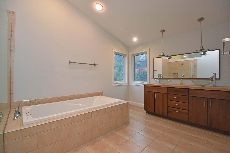 442 Milton Street Property Photo 40