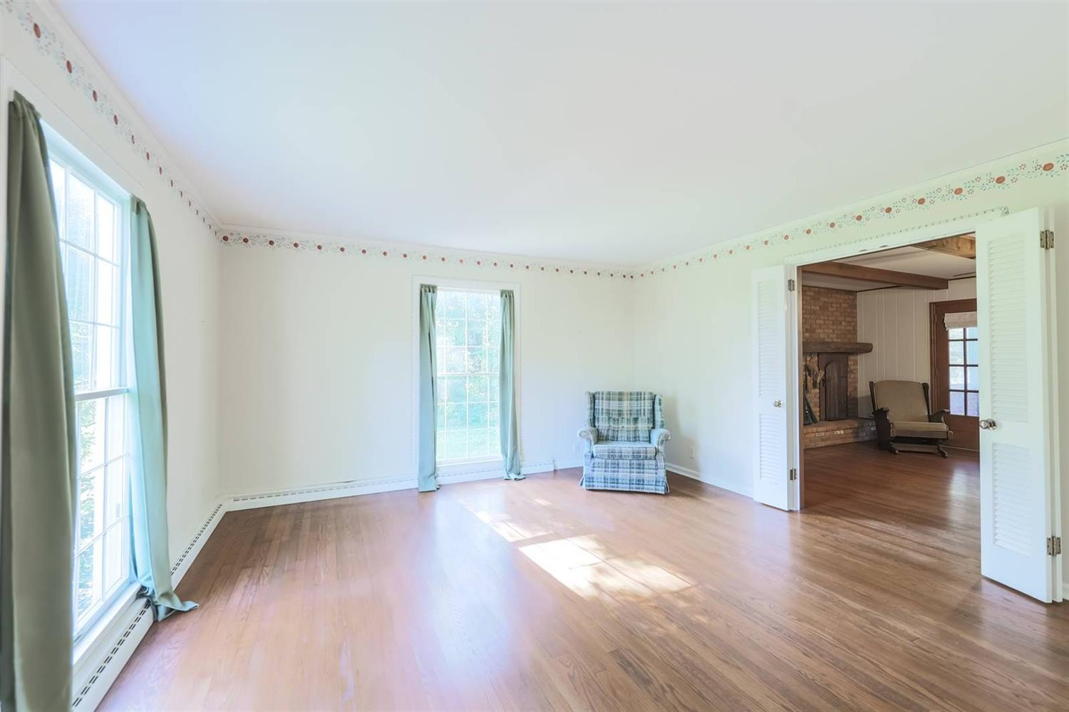 6295 Lesourdsville West Chester Road Property Photo 6