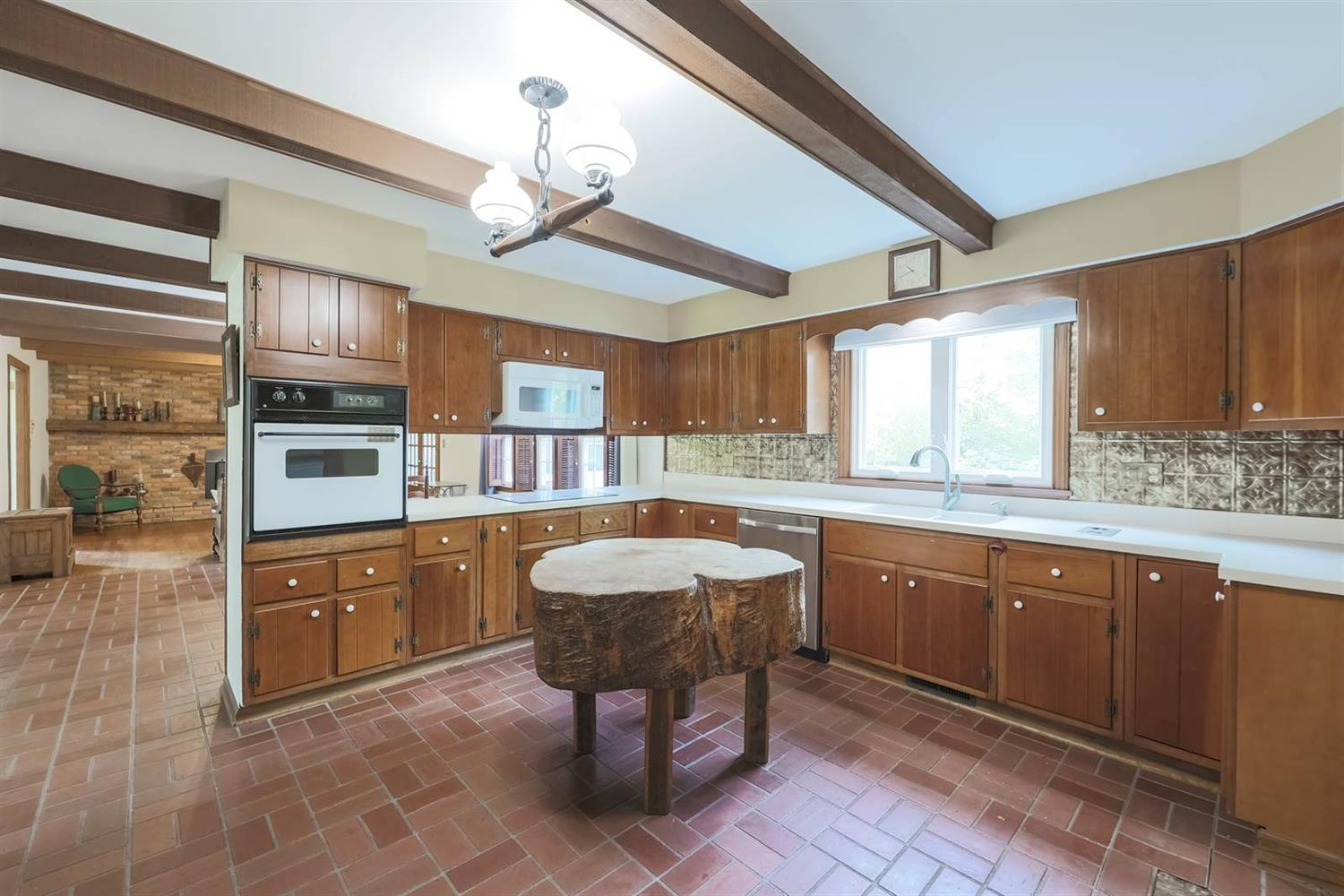 6295 Lesourdsville West Chester Road Property Photo 15