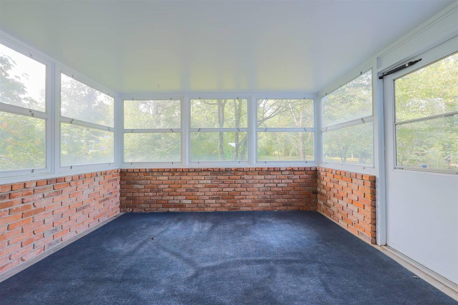 6295 Lesourdsville West Chester Road Property Photo 17