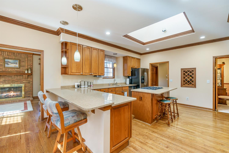 3064 Southfork Drive Property Photo 8