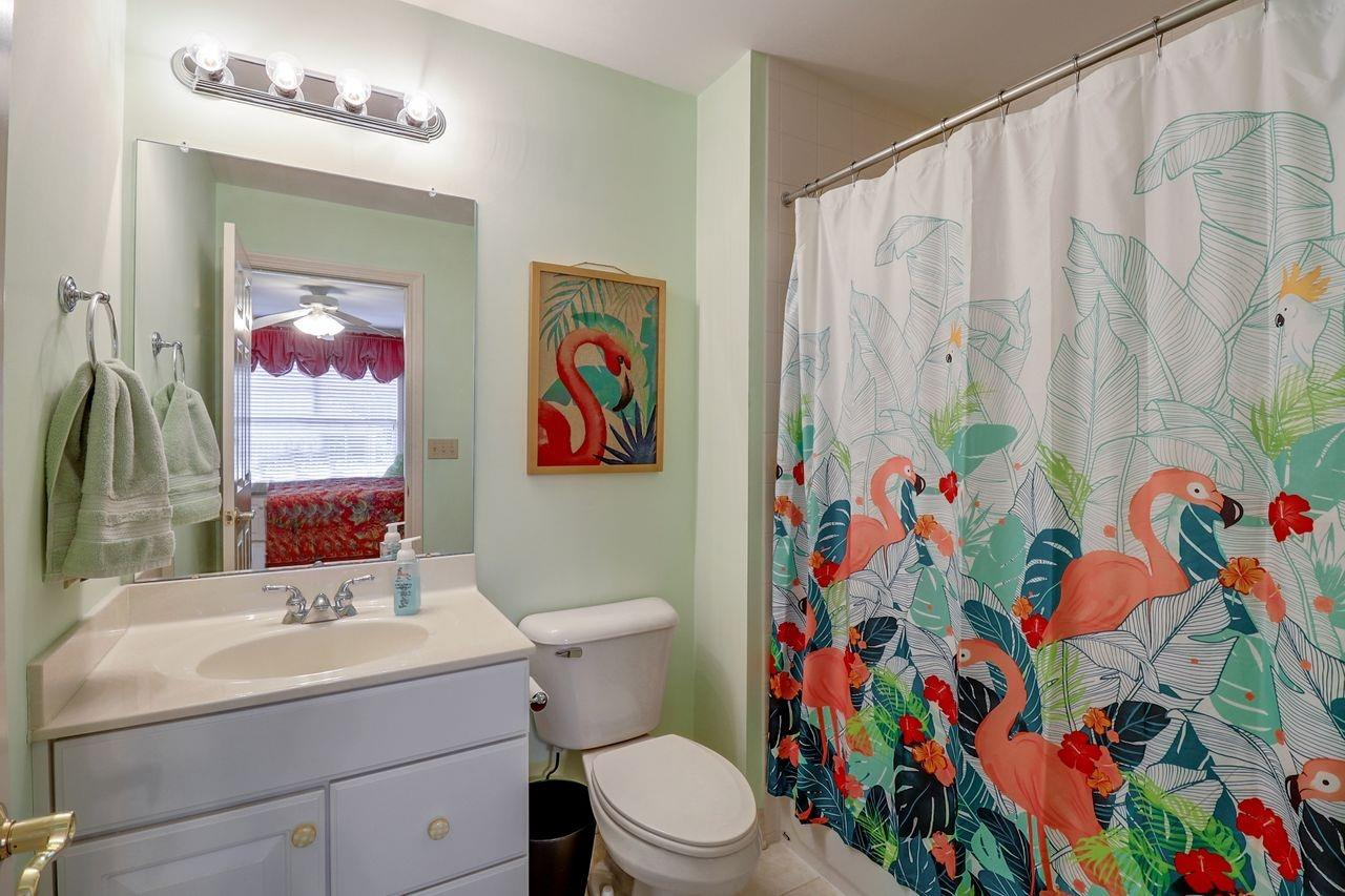 1005 Westchester Way Property Photo 23