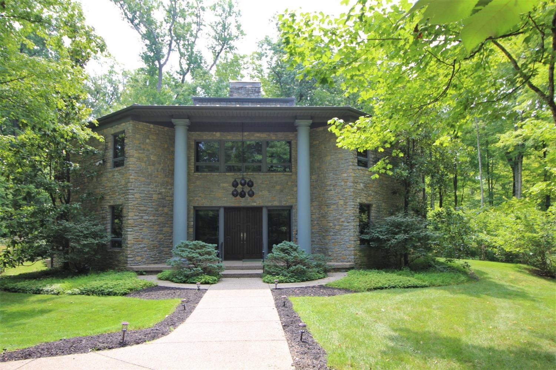 9550 Tall Trail Property Photo 1