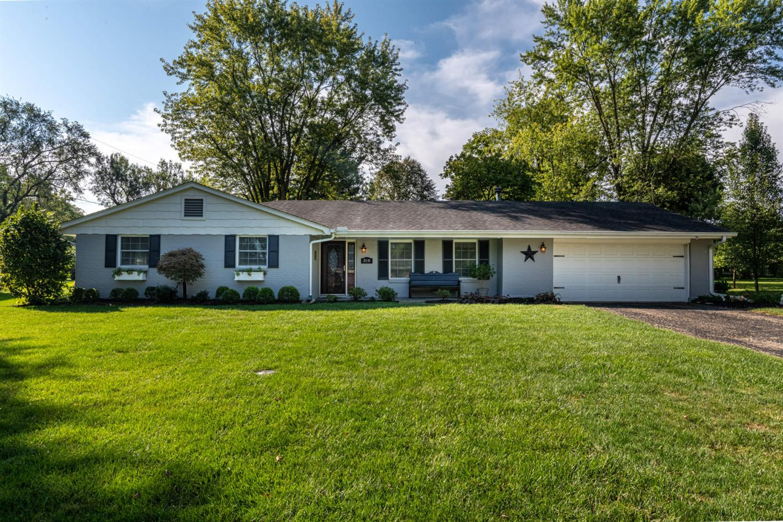 310 Roselake Drive Property Photo 1