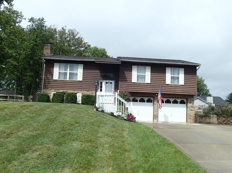 1102 Woodland Circle Property Photo 1