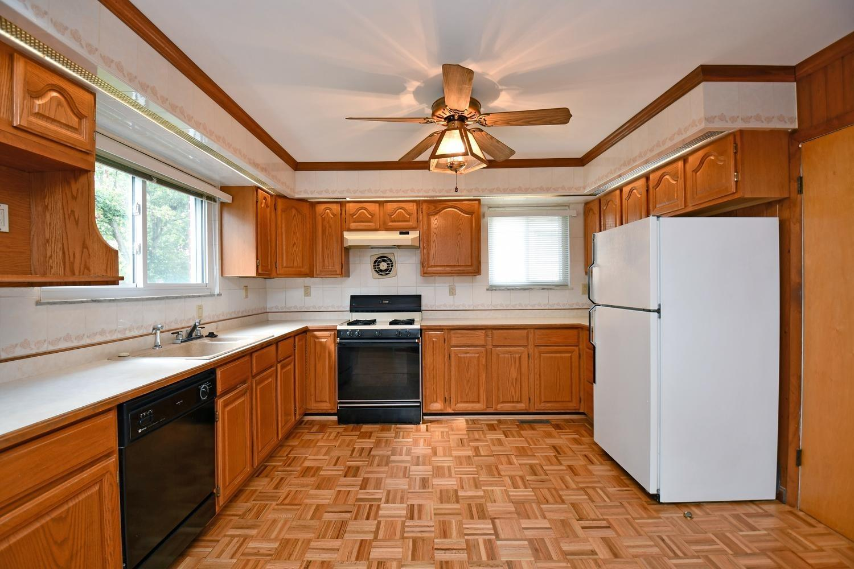 491 Hibernia Drive Property Photo 10