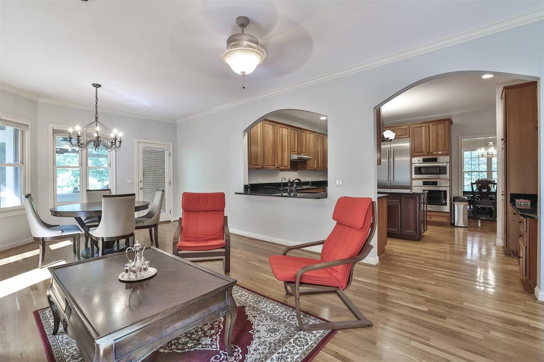 10647 Deerfield Road Property Photo 8