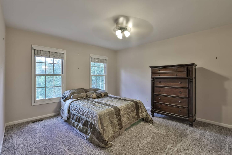 10647 Deerfield Road Property Photo 19