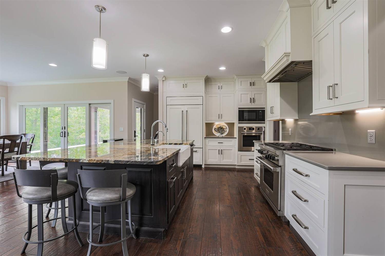 6225 Hawk Ridge Lane Property Photo 11
