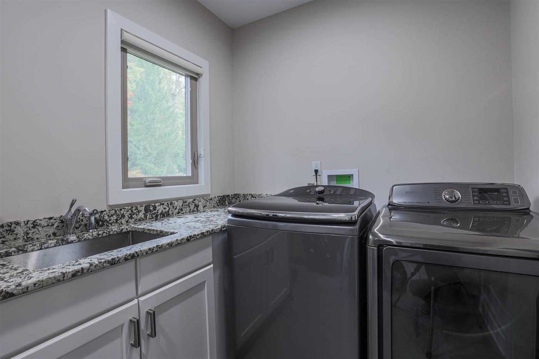 6225 Hawk Ridge Lane Property Photo 29