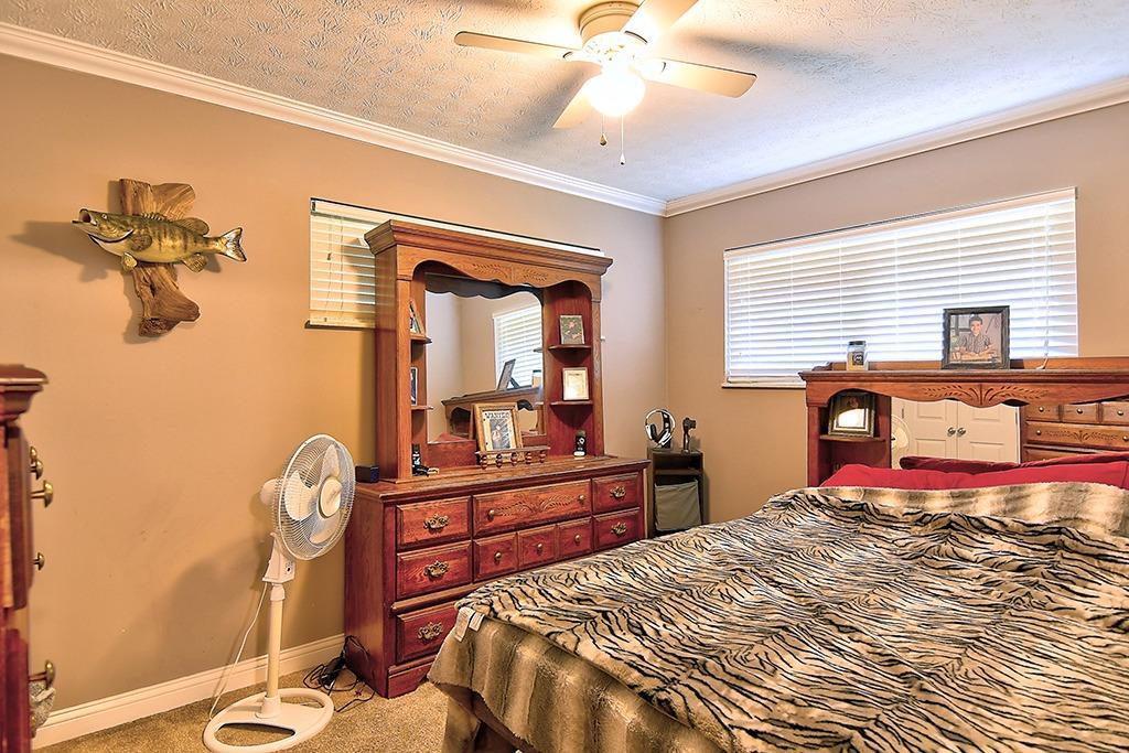 184 Charlotte Avenue Property Photo 15