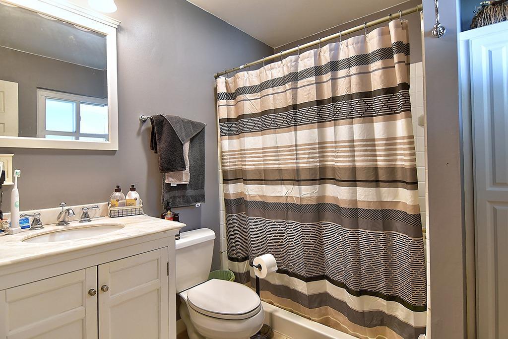184 Charlotte Avenue Property Photo 21