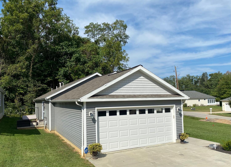 123 Springlake Avenue Property Photo