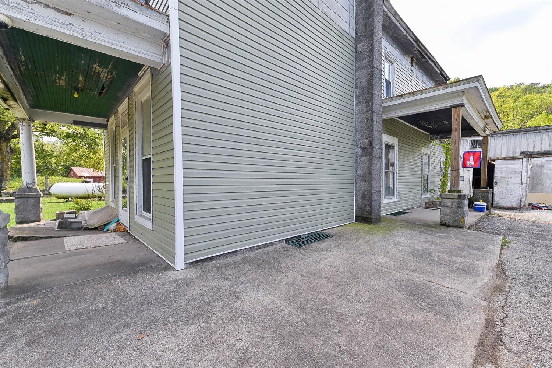 9090 St Rt 1 Property Photo 7